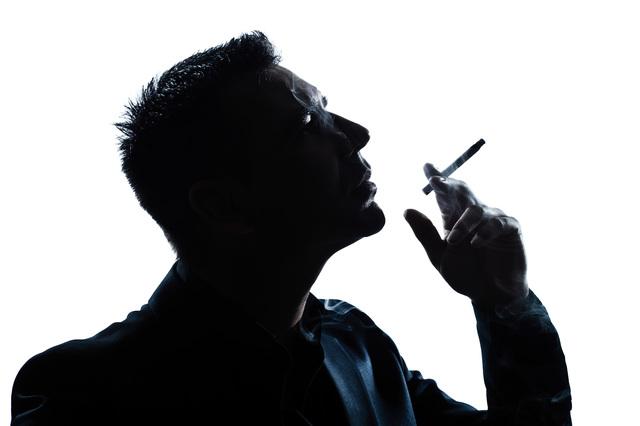 喫煙者の婚活は?タバコを吸う男性はアリ?タバコを吸う女性は?